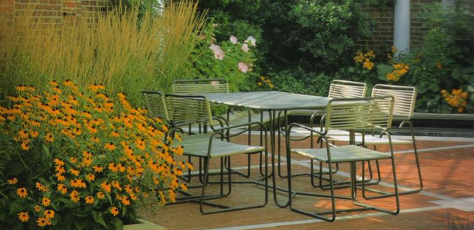 Dise o de patios terrazas y balcones centro pampa - Diseno de porches y terrazas ...